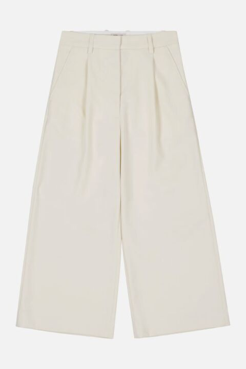 CROPPED PANTS WITH WIDE LEGS