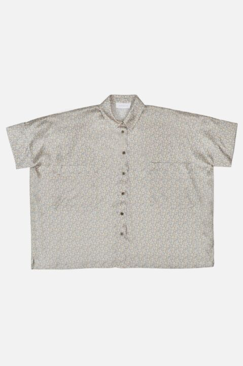 LOOSE BLOUSE WITH SHORT SLEEVE