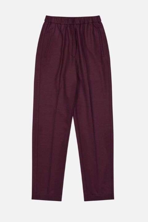 Loose bordeaux trousers