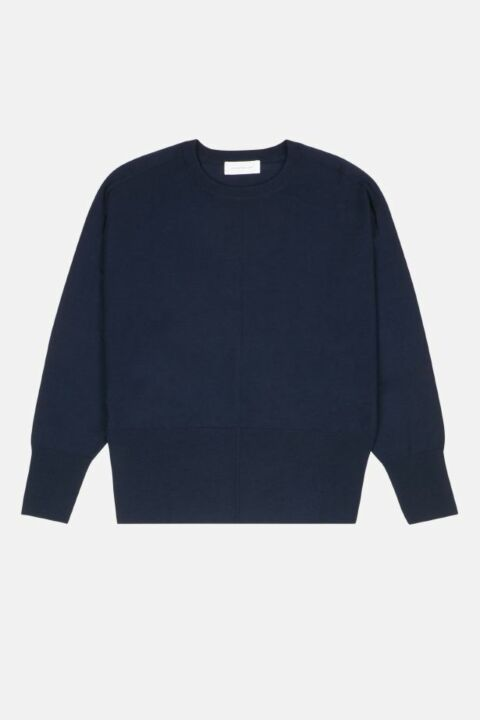 Oversized knit with round neck
