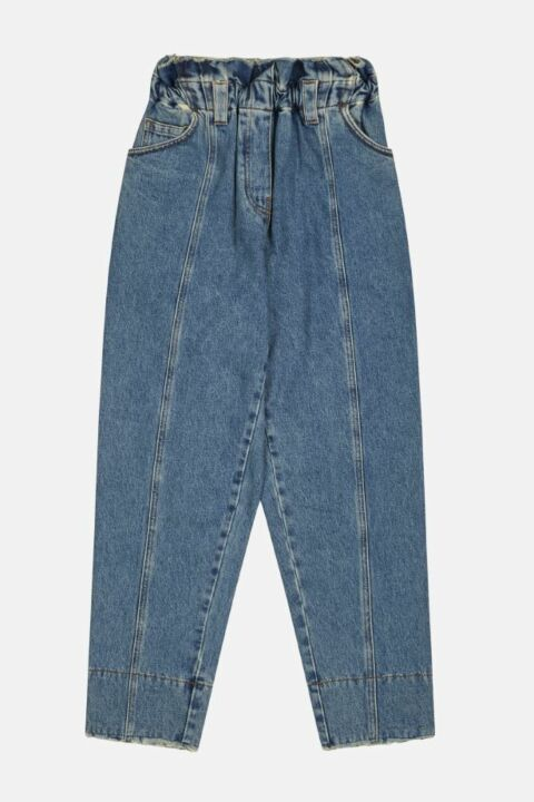 Straight blue ruffled jeans