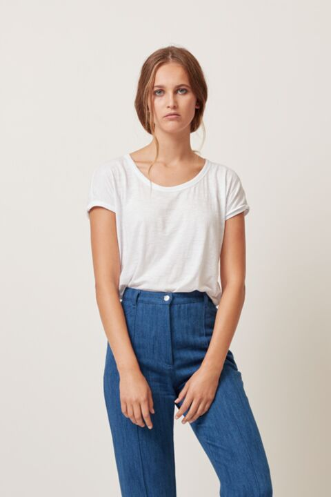 Rolled sleeve slub t-shirt