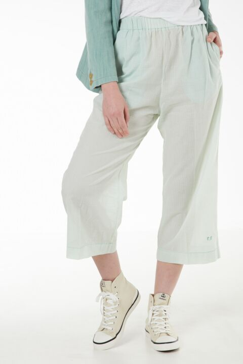 Cotton mint-green trousers