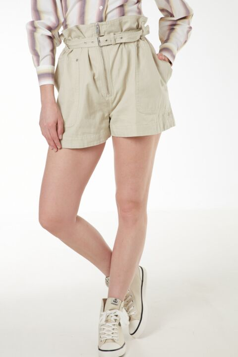 Ecru cotton belted shorts