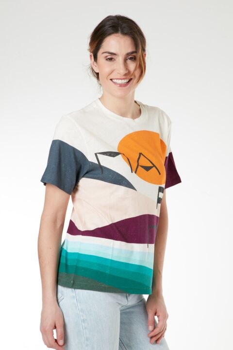 Colorful design t-shirt