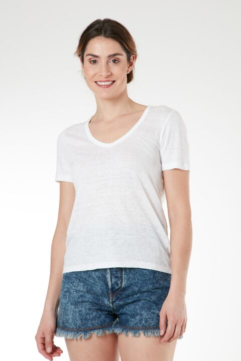 Basic white linen t-shirt
