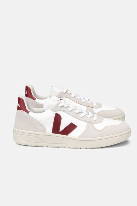 Natural side logo sneakers