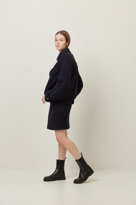 Oversized jacket with big coll