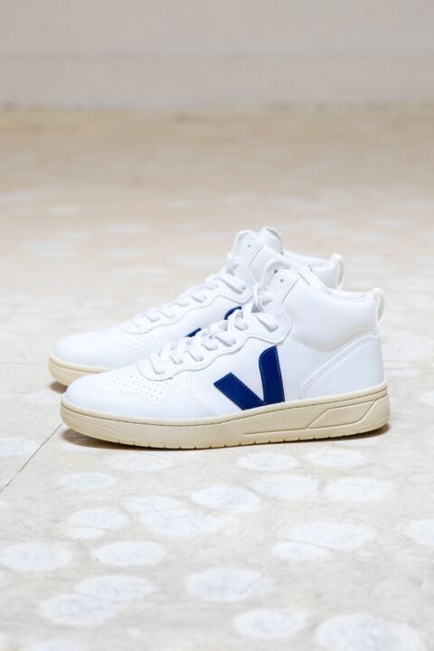 V-15 high top sneakers
